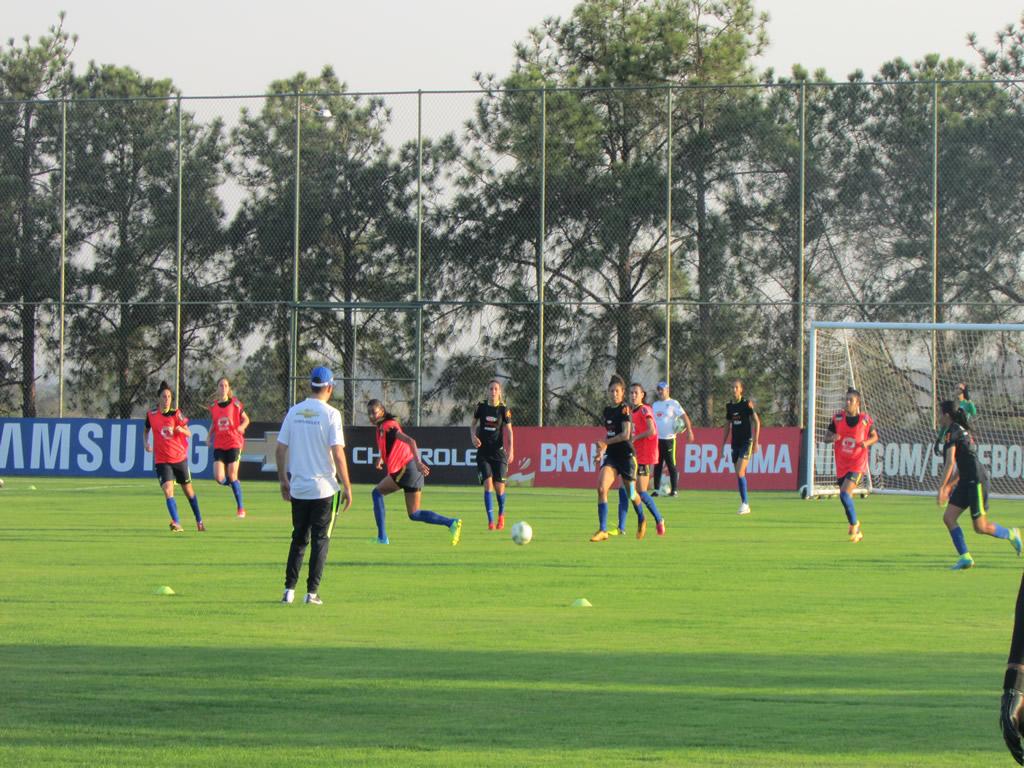 Seleção Feminina de Futebol treina em Itu