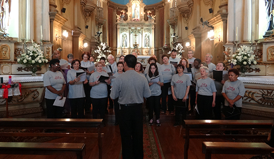 Coral Vozes de Itu canta Navidad Nuestra
