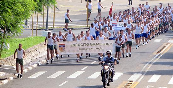 """Regimento Deodoro promove a """"Corrida da Paz"""""""