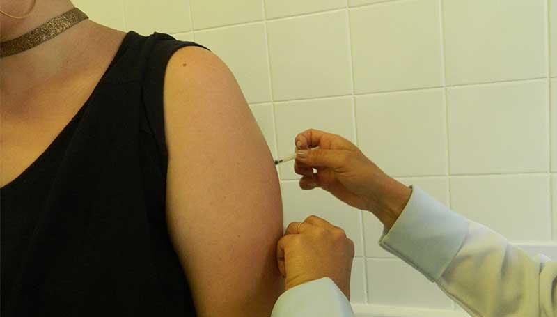 SP e Rio devem prorrogar campanha de vacinação de febre amarela