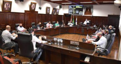 """Câmara adia votação da criação da Medalha """"Duca Balás"""" novamente"""