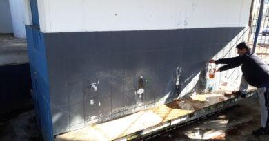 Ato de vandalismo em bica dificulta retirada da água pelos munícipes